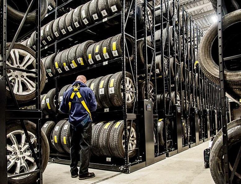 Стелажи за гуми PROINSTALL