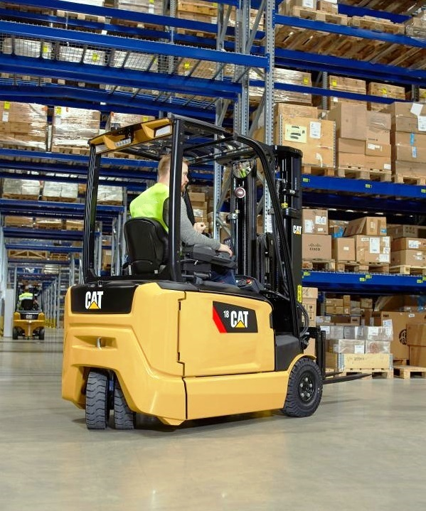 2. ЕЛЕКТРОКАР PROINSTALL electric forklift